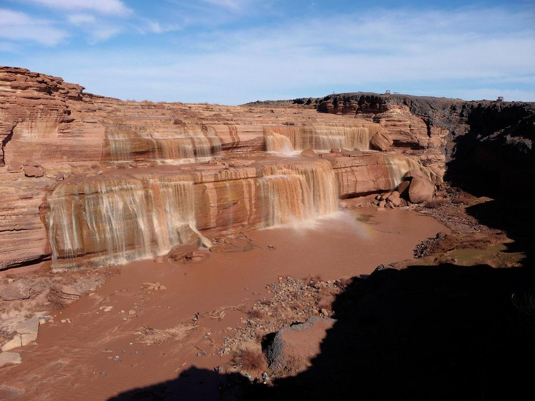 Chocolate Falls in Arizona