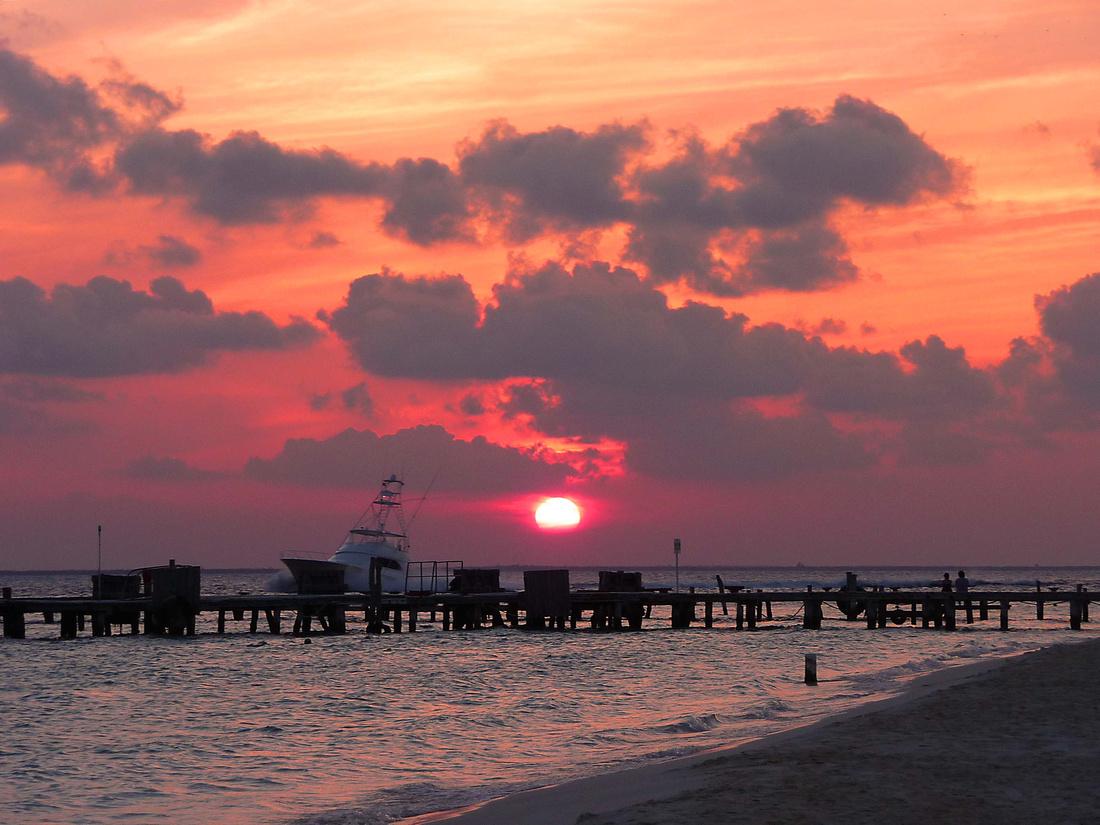 Sunset on Isle Mujeres